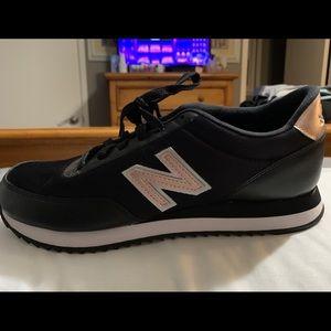 New Balance 501 trainers 8.5 M Rosegold black